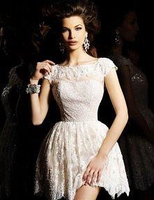 Piękna sukienka :3