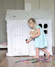 Domek tekturowy pomysł na prezent urodzinowy, świąteczny lub na imprezę dla dzieci. Domek kartonowy to kreatywna zabawka dla dzieci.