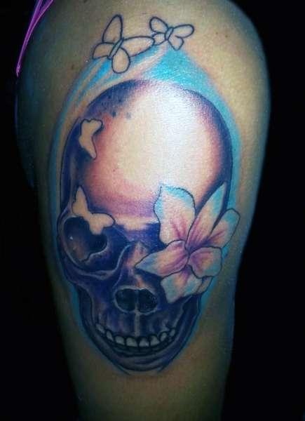 Tatuaż Czaszka I Motyle Na Tatuaże Zszywkapl