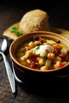Rozgrzewająca zupa z ciecie...