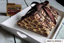 Chłopska chata . Składniki ciasto: 3 szklanki mąki 250 g margaryny Palma spółki Bielmar 200 g śmietany (18%) 1 jajko 50 g cukru 2 łyżki nalewki śliwkowej szczypta soli Składniki...