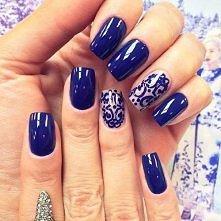 Sylwestrowy manicure.