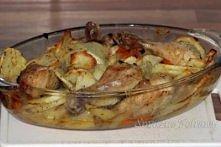 Pieczone udka z ziemniakami Pieczone udka z ziemniakami to aromatyczne, syte i bardzo smaczne danie. Świetne na niedzielny obiad o każdej porze roku. na niedzielny obiad lub prz...