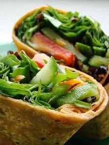 Ma ktoś ochotę na mniej kaloryczną odmianę tortilli? Zapraszam na bloga... efekty: palce lizać!
