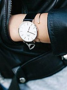 świetny zegarek :) 2018