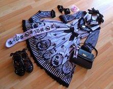 Zestaw idealny *-*    Poszukuję sukienki w stylu gothic lolita lub sweet lolita! :)