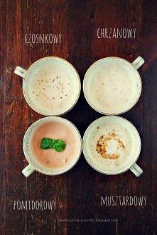 Lekkie, jogurtowe sosy  Sos czosnkowy: 100g jogurtu naturalnego,  1 duży ząbek czosnku szczypta soli pół łyżeczki świeżo zmielonego pieprzu 1 łyżeczka oregano opcjonalnie - łyże...