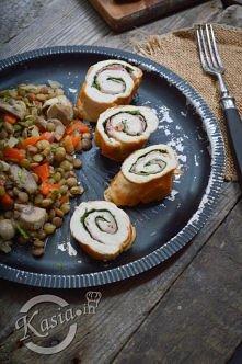 przepis na dietetyczne roladki z kurczaka ze szpinakiem i szynką
