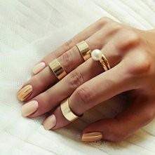 #gold ___