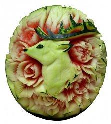 Carving, czyli rzeźbienie w warzywach i owocach