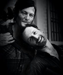 RICK(Andrew Lincoln) DARY (LNorman Reedus) <3 :D
