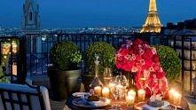 Romantyczna kolacja w Paryż...