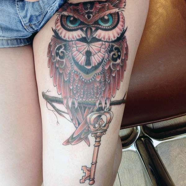 Tatuaż Sowy Na Udzie Na Tatuaże Zszywkapl