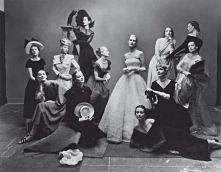 z archiwum vogue  Najczęściej fotografowane modelki Ameryki, rok 1947.
