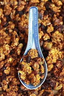 Korzenna granola dyniowa  przepis po kliknięciu w zdjęcie