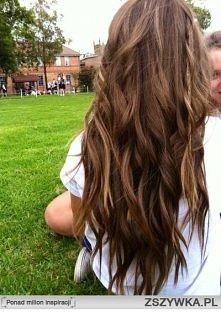 Jak uzyskać taki efekt. .? lekko kręconych włosów?