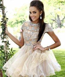 Zakochałam się w tej sukieneczce  <3 <3