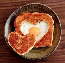 romantyczne śniadanie ^^