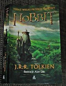 """""""Hobbit czyli tam i z ..."""