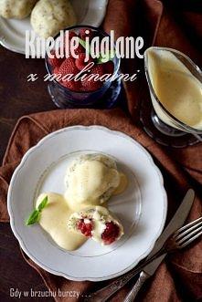 Knedle jaglane z malinami i sosem waniliowym  jak ja je kocham <3  przepis...