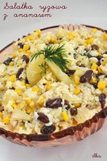 Sałatka ryżowa z ananasem