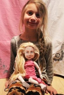Lalka na podobieństwo dziewczynki :-)Ubranka wykonała właścicielka lali :-)