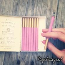 Różowe papierosy