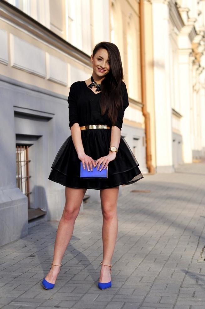 rozkloszowana spódnica -krakowianka