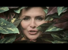 Emiliana Torrini - Jungle Drum   ~My heart is beating like a jungle drum~ <3