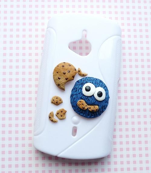 Obudowa na telefon z Ciasteczkowym Potworem:)