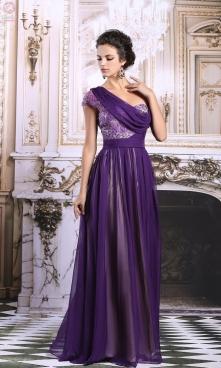 Niezwykła elegancka suknia wieczorowa w kolorze purpury..Na jedno ramię, z as...