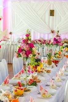 piękna ozdoba na stół wesel...