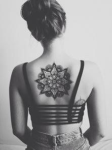 piękny tatuaż mandala <3