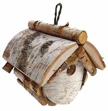 Budka lęgowa to specjalnie przygotowana konstrukcja, wykonana z drewna i przeznaczona na gniazda, głównie dla ptaków. Budki lęgowe służą ochronie gatunkowej, sprzyjają bioróżnor...