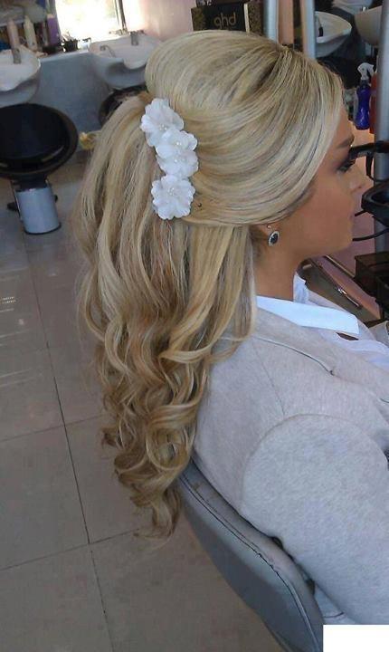 Śliczna fryzura na studniówkę :) :*