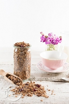 przepis na granole czekoladowo - bananową