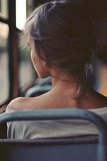 """""""Powoli przemijasz, choć wciąż mnie jeszcze uwierasz wspomnieniami.""""..."""