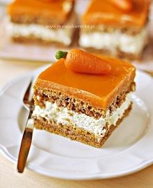 Ciasto marchewkowe z kremem i polewą marchewkową  Składniki: Ciasto: 2 szklan...