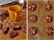 SKŁADNIKI NA CIASTKA: ILOŚĆ: ok. 16 ciastek 125 g masła lub margaryny, temp. pokojowa 175 g cukru 2 łyżeczki cukru waniliowego 1 jajko 200 g mąki tortowej 1 łyżeczka proszku do ...