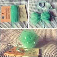 Tiulowe pompony DIY.