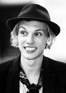 Jamie Campbell Bower *___*