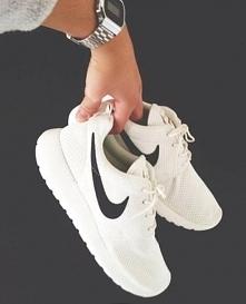 Nike Roshe Run. Podobają się wam? Bo mi bardzo ♥