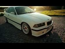 LOW BMW E36
