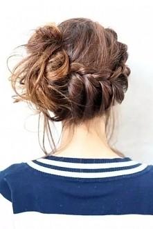 piekna fryzurka np do szkoly :)