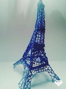 wieża Eiffla :) Jedna z pierwszych rzeczy robionych przez mnie długopisem 3D