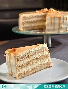 Tort śmietanowy z toffi    Biszkopt (24cm): 6 jajek 200g cukru 150g mąki 0,5 łyżeczki proszku do pieczenia szczypta soli  Białka oddzielić od żółtek i ubić na sztywną pianę ze s...