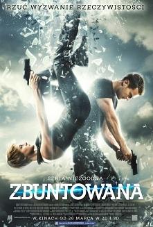 ZBUNTOWANA Film na 5/Książk...