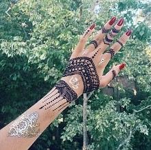 co sądzicie o hennie? wstyd czy cos pięknego? według mnie one sa śliczne