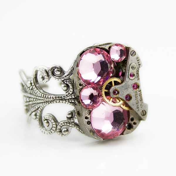 Gorgeous Steampunk Jewelry by London Particulars