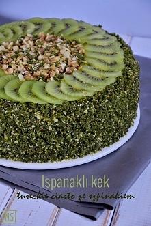 """Ispanaklı kek - tureckie ciasto ze szpinakiem,  Tradycyjne tureckie ciasto ze szpinakiem, w Polsce znane również jako """"leśny mech"""". Intensywnie zielone, mięsiste, wilg..."""